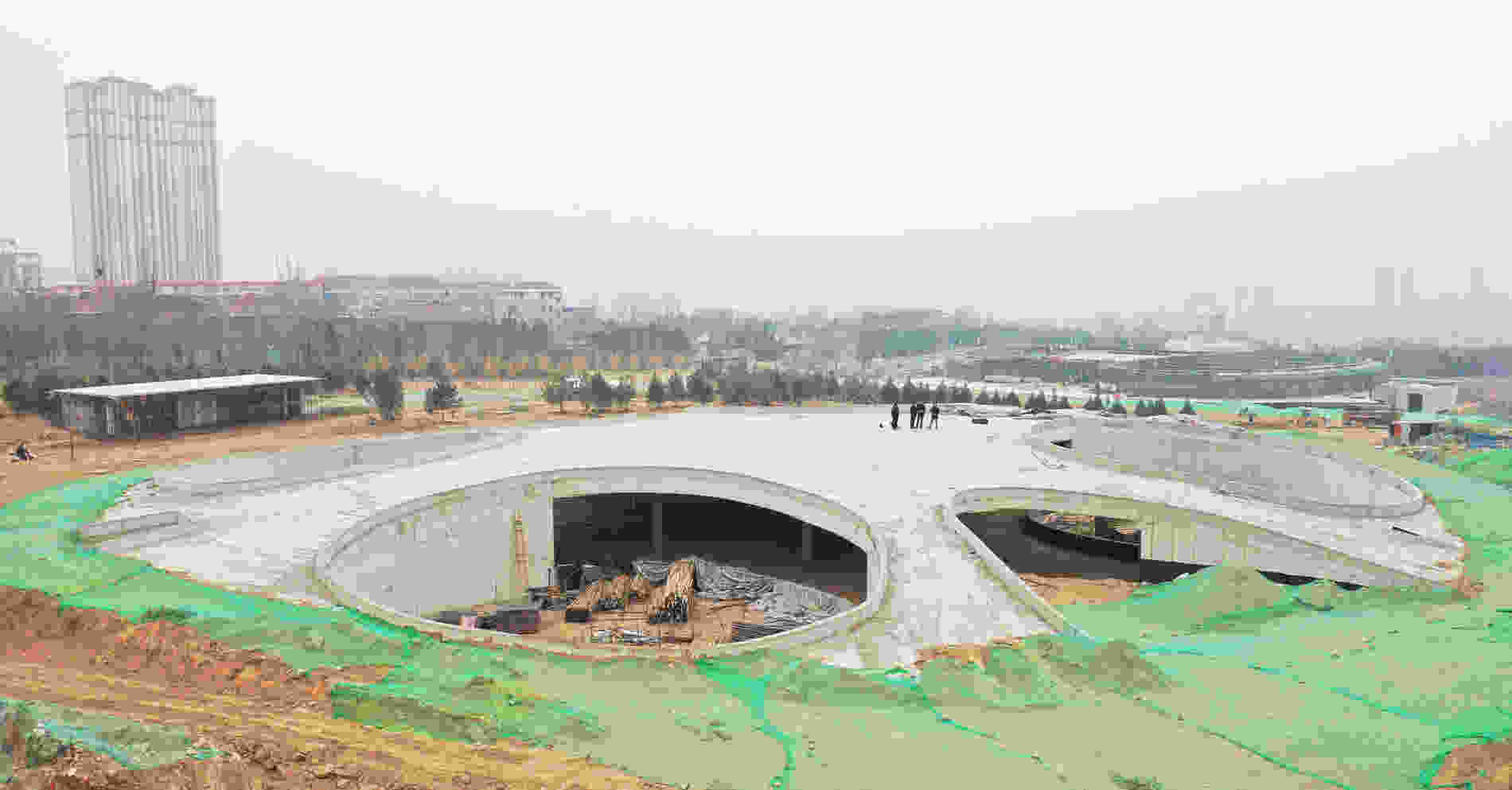 383 Taiyuan Zoo New Areas Panda House construction site 001